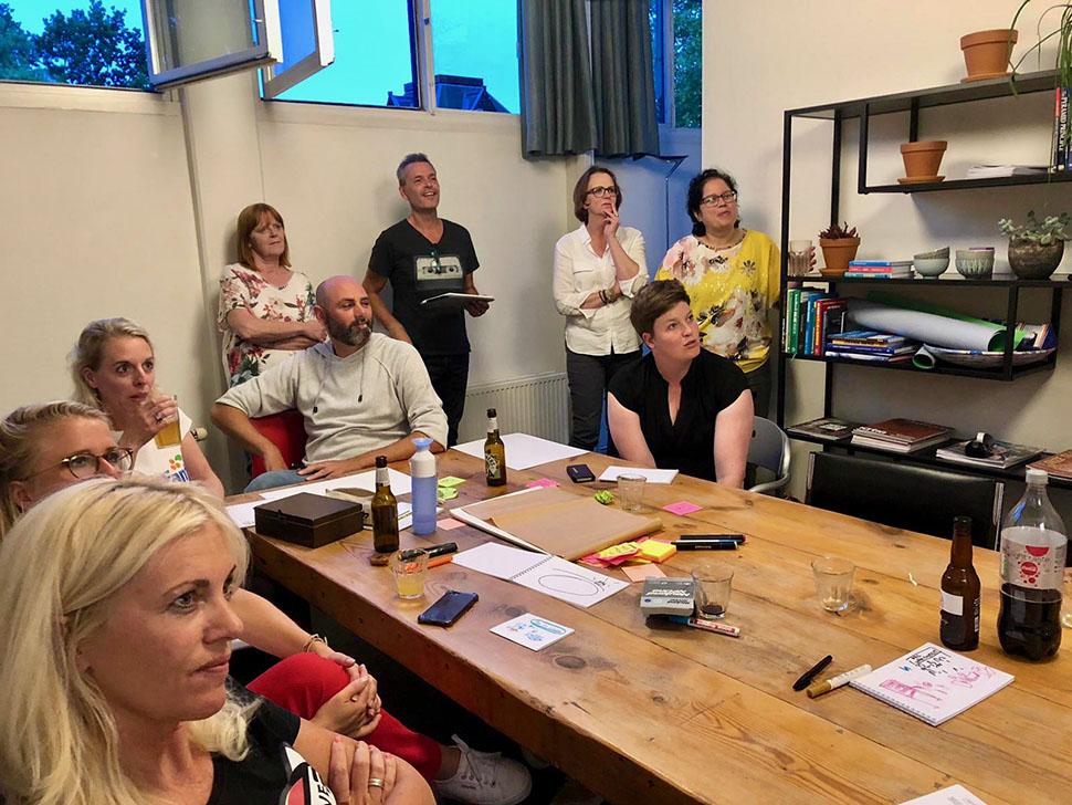 Deelnemers van de try out workshop zakelijk tekenen